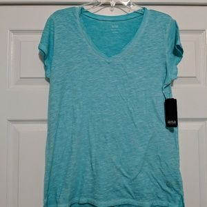 NWT a.n.a. Turquoise V-Neck Tee, size L